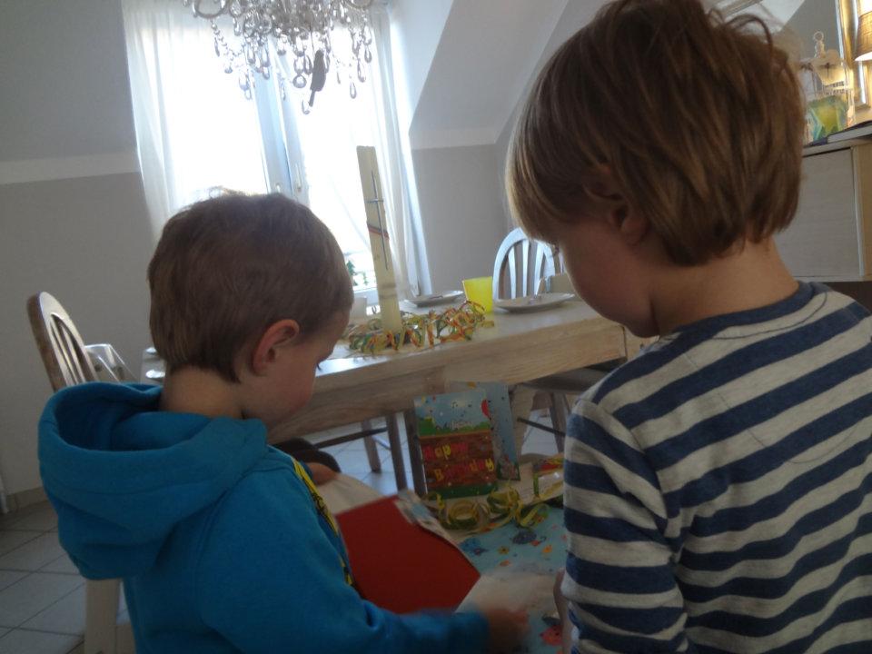 """Geschwisterneid oder: """"Ich will das auch haben!"""""""