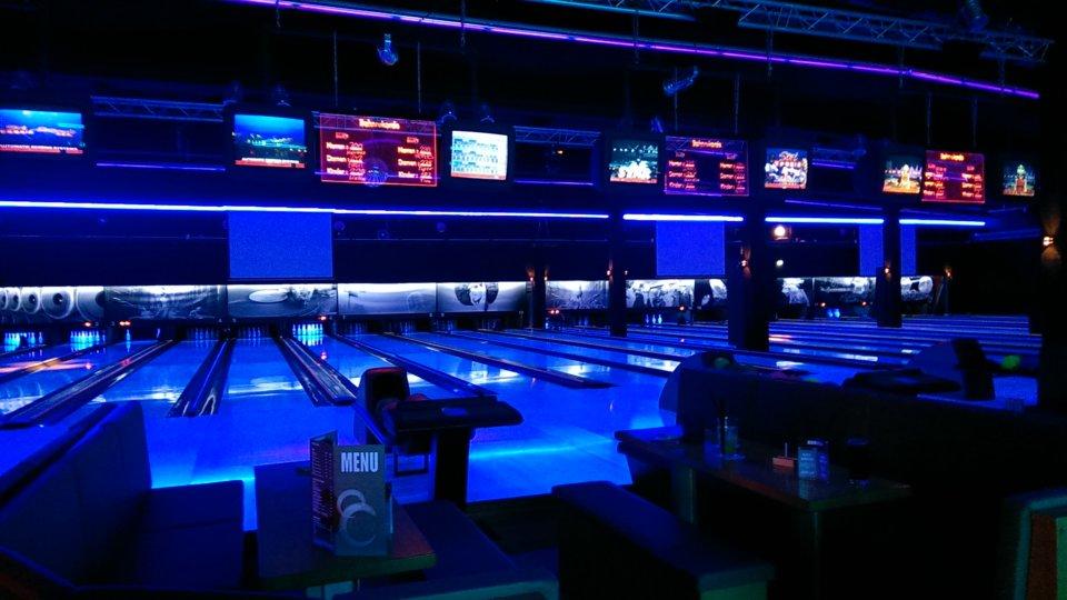 Runde Sache: Ein kinderfreier Bowlingabend