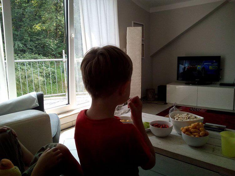 Fernsehen, Fast Food und fieses Spielzeug: Unpädagogische Tage
